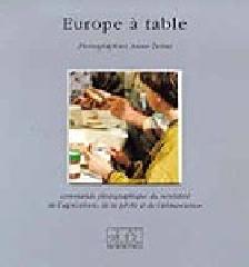 Europe à table - Anne  Testut